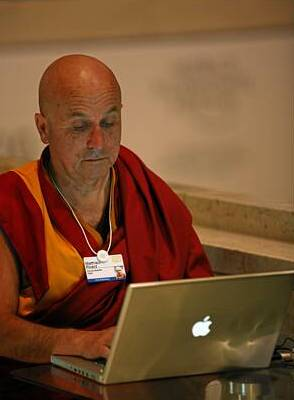 Matthieu_Ricard,_World_Economic_Forum_2009_Annual_Meeting.jpg